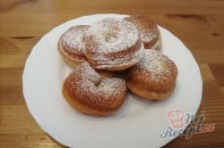 Příprava receptu Koblihy z bílého jogurtu bez droždí, krok 3