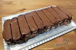 Příprava receptu Rychlý nepečený čokoládový pamlsek hotový za 15 minut, krok 7