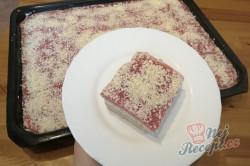 Příprava receptu Osvěžující zmrzlinový koláč SNĚHURKA bez pečení, krok 7