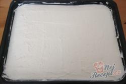 Příprava receptu Osvěžující zmrzlinový koláč SNĚHURKA bez pečení, krok 2