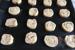 Příprava receptu Bombastické ořechové válečky ke kávičce, krok 14