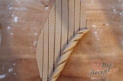Příprava receptu Sladké věnečky z kynutého těsta, krok 5