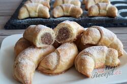 Příprava receptu Šlehačkové rohlíčky s ořechovou náplní, krok 6