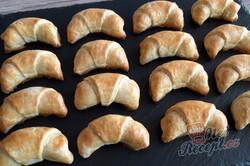 Příprava receptu Šlehačkové rohlíčky s ořechovou náplní, krok 1