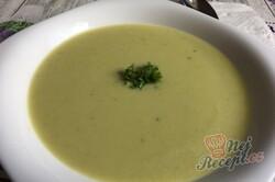 Příprava receptu Brokolicová polévka - krémová a hustá, krok 10