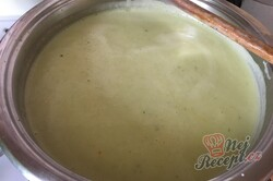 Příprava receptu Brokolicová polévka - krémová a hustá, krok 9
