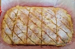 Příprava receptu Jablečný vichr - jemný a chutný koláč z hrnečku, krok 9