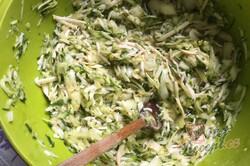 Příprava receptu Velmi návykový cuketový nákyp se sýrem a česnekem, krok 3