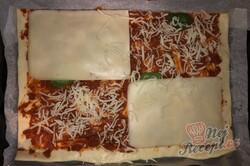 Příprava receptu Expresní domácí pizza z listového těsta, krok 1