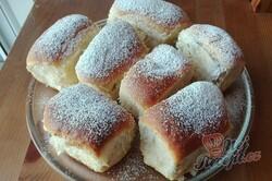 Příprava receptu Fantastické babiččiny buchty plněné povidly, krok 1