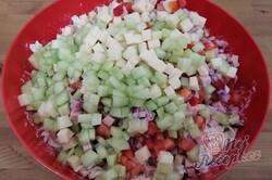 Příprava receptu Bombastický těstovinový salát se zakysanou smetanou, krok 2