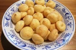 Příprava receptu Nadýchané sýrové kuličky, krok 10