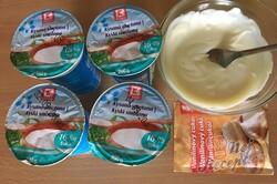 Příprava receptu Koláček ,,zdravé očko,, s polevou ze zakysané smetany a bílé čokolády, krok 11