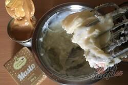 Příprava receptu Karamelová báseň - rychlá a vynikající salko roláda, krok 8