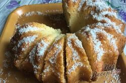 Příprava receptu Velmi chutná a šťavnatá kokosová raffaello bábovka z hrnečku, krok 12
