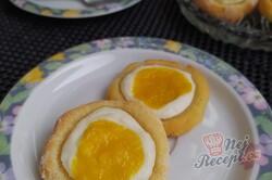 Příprava receptu Koláčky z taveného sýra plněné ricottou a mangovým pyré, krok 2