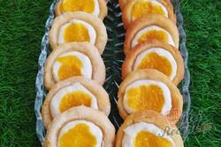 Příprava receptu Koláčky z taveného sýra plněné ricottou a mangovým pyré, krok 3
