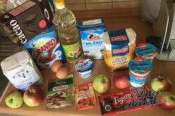 Příprava receptu Hrnkový jablečný Granko koláč připraven za 15 minut, krok 1
