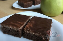 Příprava receptu Hrnkový jablečný Granko koláč připraven za 15 minut, krok 20
