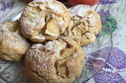 Příprava receptu Fantastické jablečné buchtičky, které zmizí z talíře za jednu minutu., krok 10