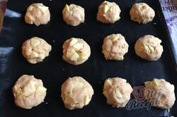 Příprava receptu Fantastické jablečné buchtičky, které zmizí z talíře za jednu minutu., krok 6