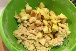 Příprava receptu Fantastické jablečné buchtičky, které zmizí z talíře za jednu minutu., krok 5