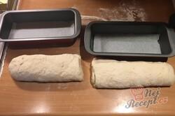 Příprava receptu Domácí cibulový chléb, krok 12