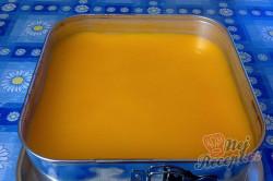 Příprava receptu Tvarohový koláč s pomerančovou želatinou, krok 18