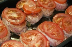 Příprava receptu Plněné karbanátky se sýrem a rajčetem, krok 3