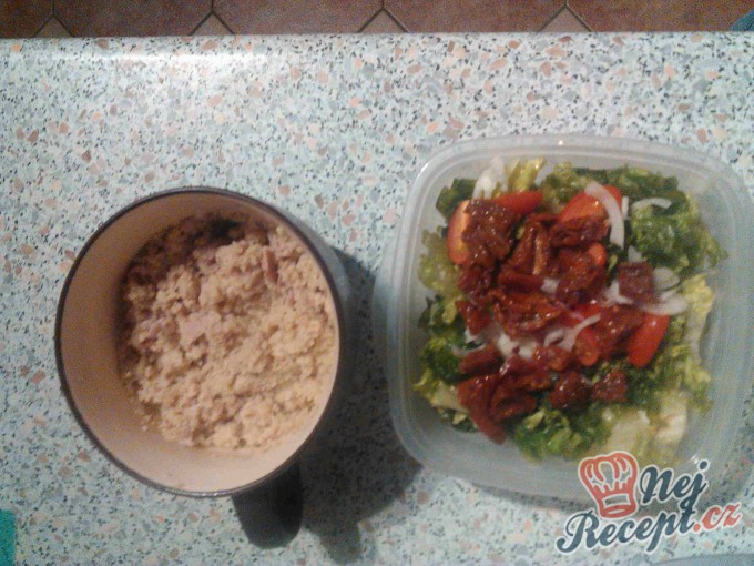 Recept Tuňákový salát s kuskusem
