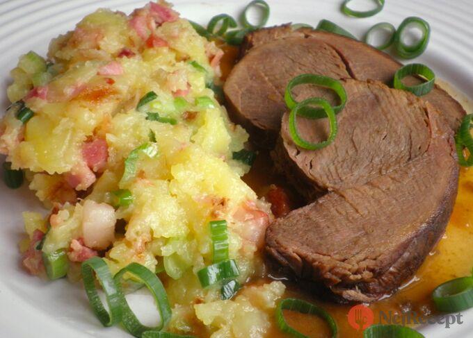 Recept Dančí maso z pomaláčku se šťouchanými bramborami