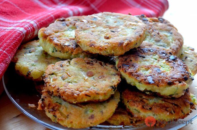 Recept Bramborové placičky se slaninou a pórkem