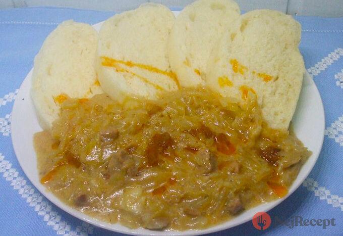 Recept Segedínský guláš s domácí knedlíkem