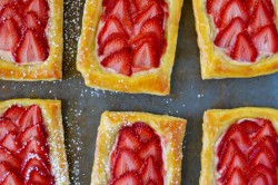 Příprava receptu Jahodové snídaňové pečivo, krok 3