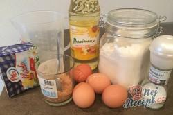 Příprava receptu Křehké větrníky s jahodovou dření, krok 1