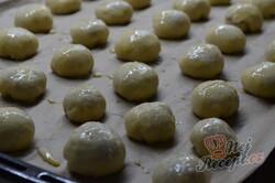 Příprava receptu Kynuté vánoční bochánky, krok 2