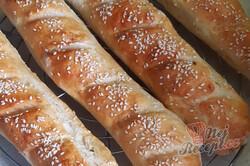 Příprava receptu Křupavé francouzské bagety s majonézou, krok 2