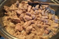 Příprava receptu Košovská pochoutka podávaná s chlebem, krok 3