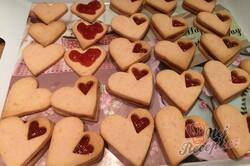 Příprava receptu Růžové linecké vánoční cukroví z pudinkového prášku, krok 7