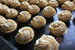 Příprava receptu Karamelové košíčky polité čokoládovou polevou, krok 10