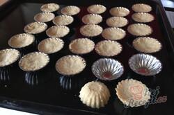 Příprava receptu Karamelové košíčky polité čokoládovou polevou, krok 5