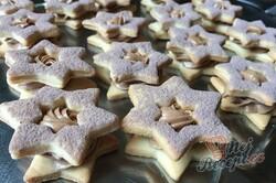 Příprava receptu Linecké hvězdičky plněné pařížským krémem, krok 12
