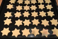 Příprava receptu Linecké hvězdičky plněné pařížským krémem, krok 4