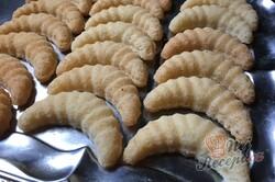 Příprava receptu Kokosové foukané rohlíčky, krok 7