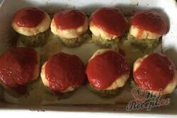 Příprava receptu Masové bomby se zelím zapečené s bramborovou kaší a strouhaným sýrem, krok 10