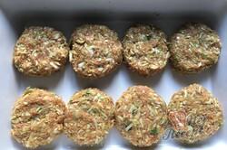 Příprava receptu Masové bomby se zelím zapečené s bramborovou kaší a strouhaným sýrem, krok 5