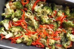 Příprava receptu Snadná a rychlá večeře - pekáč s brokolicí, krok 2