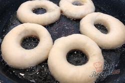 Příprava receptu Nejlepší smažené koblihy (donuty) s čokoládovou polevou, krok 3