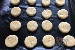 Příprava receptu Pagáče z taveného sýra a zakysané smetany, krok 4