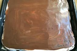 Příprava receptu Nadýchaný šlehačkový zákusek s čokoládou, krok 11